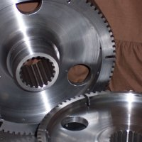 Gears with internal splines